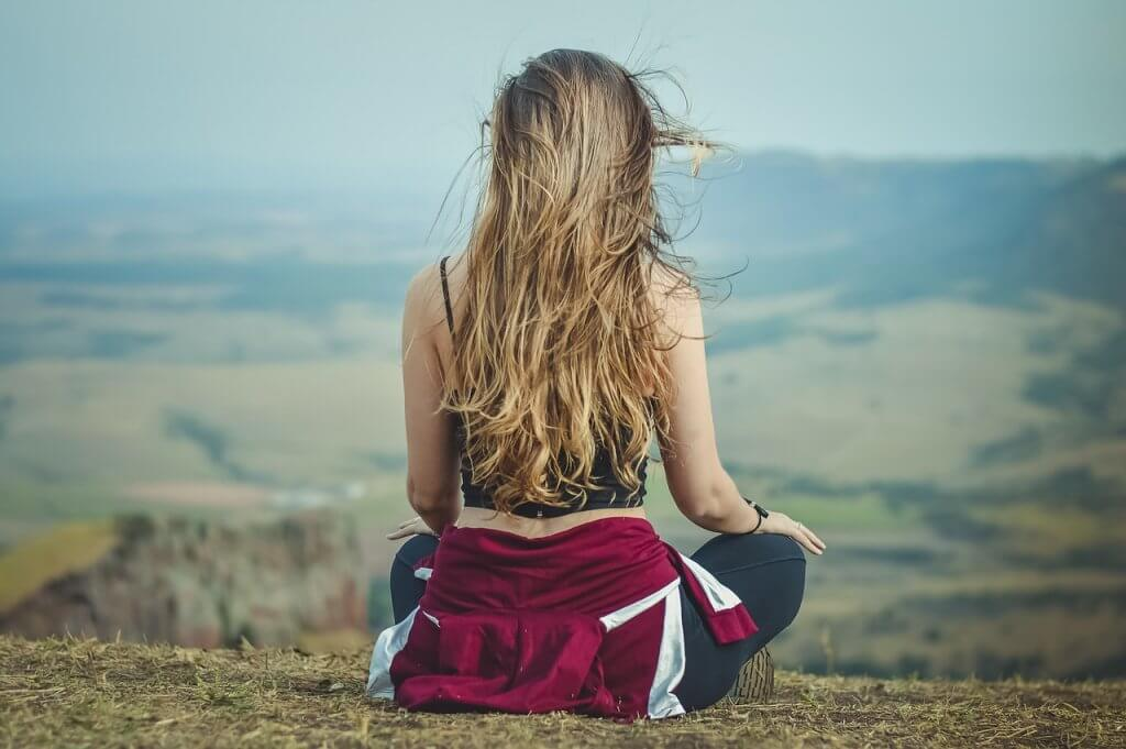 Woman Meditation Yoga View  - KarinaCarvalho / Pixabay