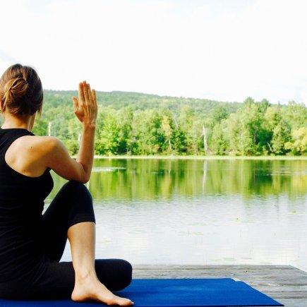 Yoga Woman Nature Landscape  - NatureFriend / Pixabay